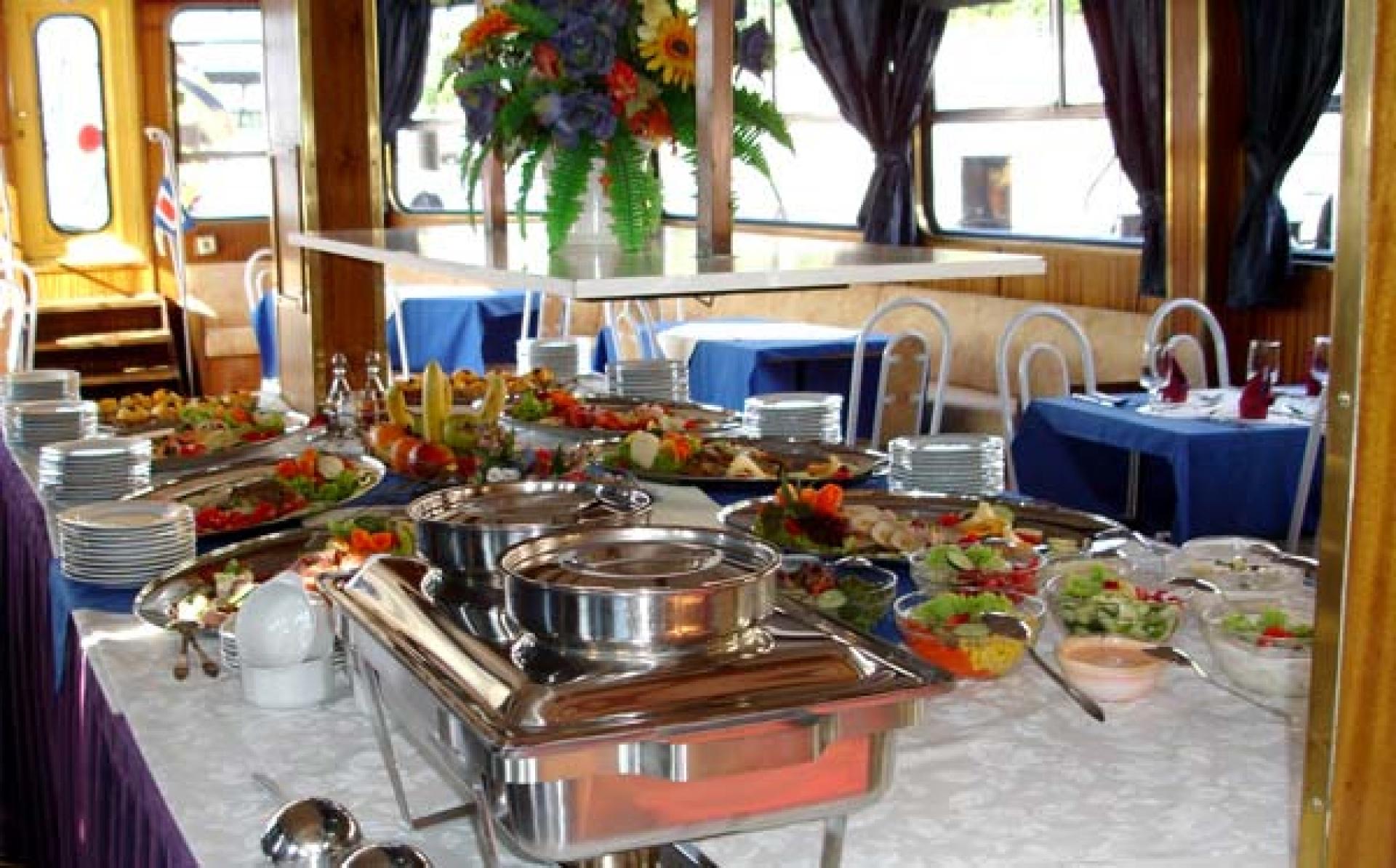 river boat buffet