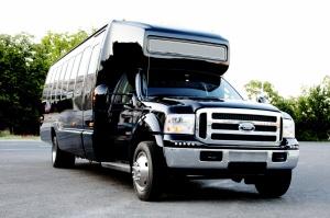 Party Cruiser limo bus