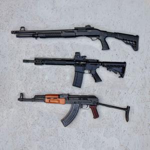 guns laid out