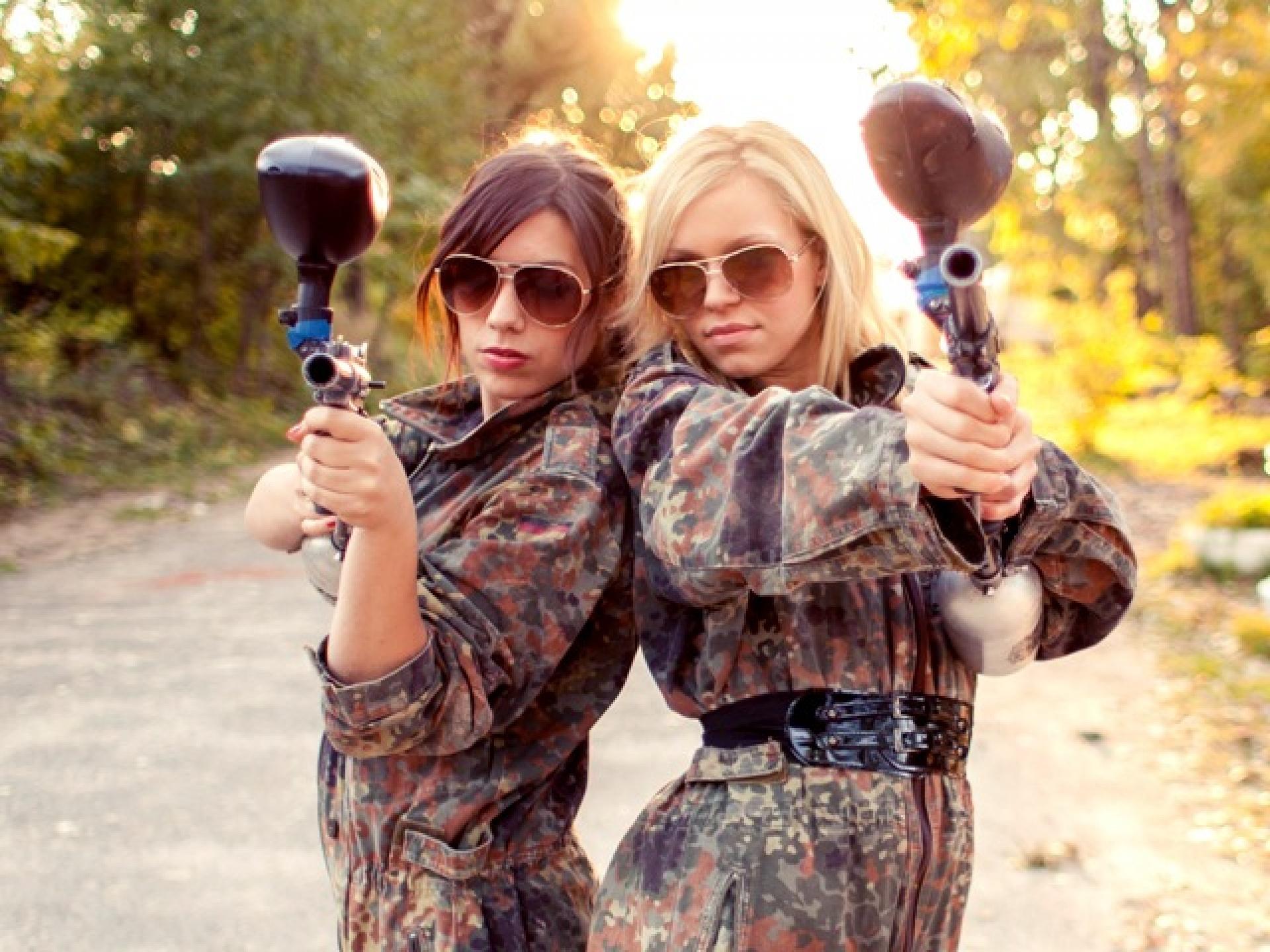 girls with paintball guns